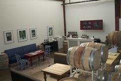 Booking (trips, etc.): Seven Bridges Winery: Wine Tasting
