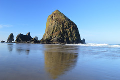 Free: Haystack Rock: Cannon Beach