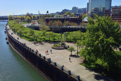 Free: Tom McCall Waterfront Park