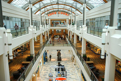 Free: Lloyd Center Shopping Mall and Ice Skating Rink