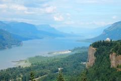 Booking (trips, etc.): Columbia River Gorge Waterfalls with Wildwood Adventures