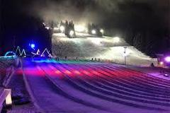 Selling: Cosmic Tubing on Hood! Friends, beers, tubing and transport