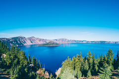 Booking (trips, stays, etc.): Portland to Crater Lake 3 days/ 2 nights