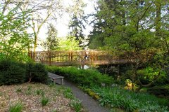 Free: Elk Rock Gardens of Bishops Close