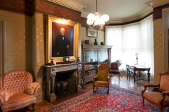 Free: Complimentary Mother's Day Tours of Bush House Museum