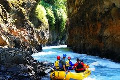 Booking (trips, etc.): Whitewater Rafting on the White Salmon River