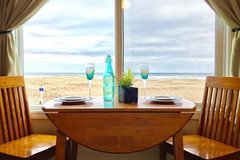 Booking (trips, stays, etc.): The Tradewinds 5-Star Condo/Hotel in Seaside