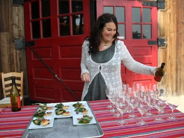 Free: Flavors of the Gorge: A Farm to Table Tasting @ AniChe